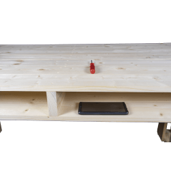 Pallet Desk base with objects