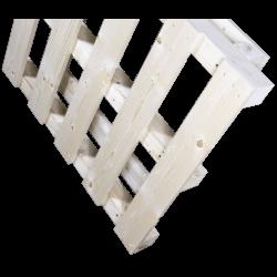 Schwerlastpalette aus Holz - vorne stehen 2