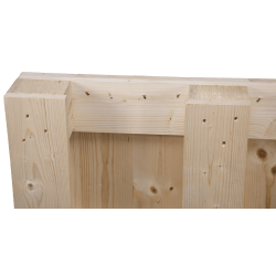 Four Way Block wooden pallet - pallet side detail 1