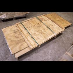 Caixa de madeira compensada...
