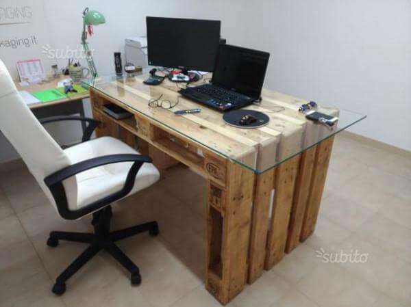 scrivania-2.jpg
