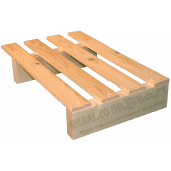Two Way Light wooden pallet - right lateral offset under 60 cm